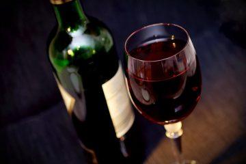 Le vin au quotidien n'est pas bon pour le coeur des seniors