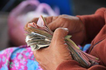 Sommes-nous plus généreux en vieillissant ?