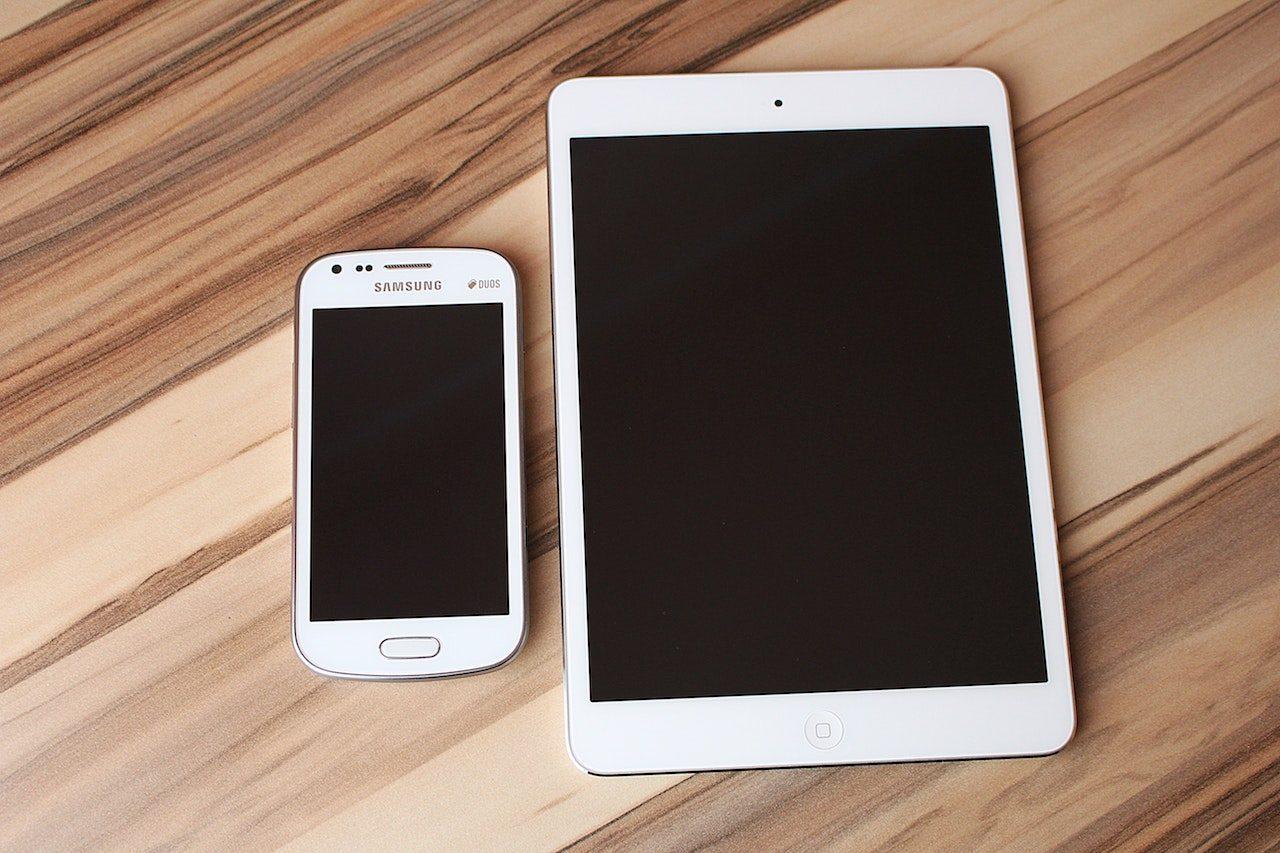 smartphone ipad