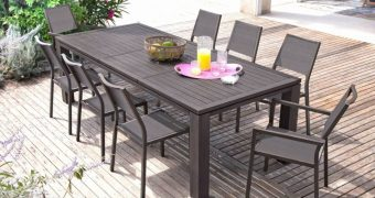 Les grandes tables de jardin pour recevoir toute sa famille