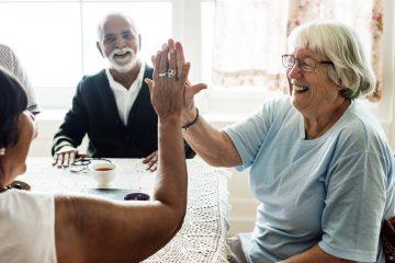 Quelles sont les différences entre les résidences seniors, les maisons de retraite et les EHPAD ?