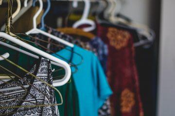 Comment se créer une garde-robe à partir de votre armoire
