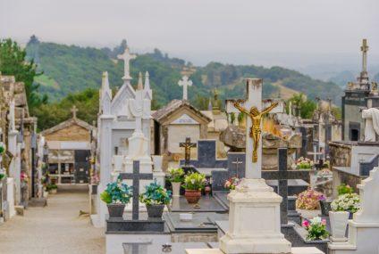 La plaque funéraire personnalisée, entre modernité et design